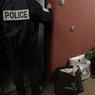 L'appartement est fouillé de fond en comble par les enquêteurs pour retrouver des indices autour de l'affaire des faux diplômes délivrés par cette école. Ces diplômes ont mené depuis quelques temps à l'entrée illégale en France de centaines de chinois. Le matériel informatique est emporté pour une vérification par les services de police spécialisés.