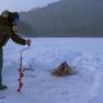Héritage des Amérindiens, la pêche blanche se pratique à La Pourvoirie du Lac Moreau dès que la glace est suffisamment épaisse.