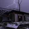 Dans l'Alabama (États-Unis), des tornades ont arraché les arbres et les toits de maisons vendredi, notamment à Birmingham, la plus grande ville de cet Etat.