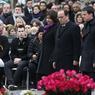 «Nous avons besoin, pour affronter le terrorisme, de cet esprit de rassemblement que nous avons pu voir le 11 janvier il y a un an», a déclaré Manuel Valls, au micro de France 2, juste avant le début de la cérémonie.