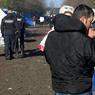 La présence des forces de l'ordre dans la région de Calais a été fortement augmentée cette année, avec notamment l'envoi en octobre de plus de 450 gendarmes et policiers anti-émeute, portant le total des effectifs présents à plus de 1100 personnels sur place.