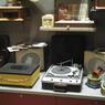 Le musée propose une visite guidée et sonore orchestrée par le collectionneur, Jalal Aro lui-même.