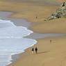 Les dunes de Donnant soulignent la beauté indomptée de ce site naturel protégé. On s'y promène sous les embruns.