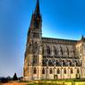 Notre-Dame de Montligeon, centre mondial de prière pour les défunts.