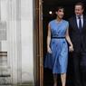 JOUR J. Les Britanniques votaient ce jeudi 23 juin sur leur appartenance à l'Union européenne lors d'un référendum historique. Le Premier ministre David Cameron et sa femme Samantha ont été photographiés après avoir répondu à la question : «Le Royaume-Uni doit-il rester un membre de l'Union européenne ou quitter l'Union européenne ? «. Les bureaux de vote seront ouverts jusqu'à 22h, le résultat final devrait être annoncé vendredi au petit matin.