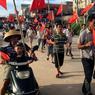 TENSIONS. Des villageois ont manifesté, lundi 20 juin, contre l'emprisonnement du maire de Wukan, Lin Zuluan, dans la province chinoise du Guangdong. Ce dernier, élu il y a quatre ans, a affirmé il y a quelques jours que la situation politique n'avait pas suffisamment évolué, ce qui n'a pas plus aux autorités chinoises. Ce village était déjà connu pour un soulèvement contre des saisies abusives de terres, en 2011. Cela avait conduit à la mise en place d'une démocratie participative à l'échelle locale.