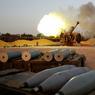 PLUIE DE BOMBES. La bataille de Syrte, en Libye, continue. Les forces du gouvernement reconnu par l'ONU se battent depuis deux mois pour reprendre le dernier bastion libyen des mains de l'Etat islamique. La ville est encerclée, mais les snipers et les mortiers empêchent les soldats libyens de rentrer dans la ville.