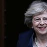 PROMOTION EXPRESSE. Theresa May, 58 ans, succèdera à David Cameron dès le 13 juillet. Alors qu'une campagne pour la tête du Parti conservateur et donc le poste de premier ministre était déjà lancée, sa rivale, Andrea Leadsom, a préféré abandonner en raison de son manque de soutiens.