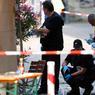 4ÈME ATTAQUE. Après l'attaque à la hache, à la machette et la fusillade à Munich, l'explosion d'une bombe à Ansbach, en Allemagne, dans la soirée du 24 juillet a fait un mort, l'auteur de l'explosion lui-même, réfugié syrien depuis 2014, et douze blessés, dont trois grièvement. La police allemande n'avance pas pour l'instant le terme d'attentat, attendant une enquête plus approfondie. L'État Islamique a revendiqué l'attaque.
