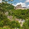 Telle une apparition, le château de Vianden dans les Ardennes est un joyau pour le tourisme. Il a été entièrement restauré après que la famille grand-ducale l'a cédé dans les années 1980 à l'État luxembourgeois.