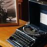 La machine à écrire de l'écrivain : Agatha Christie a vendu plus de 2 milliards de livres.