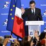 VICTOIRE. Des cris de joie et des «Fillon président» accueillent l'annonce des premiers résultats, à la Maison de la chimie ce dimanche 27 novembre, au soir du second tour de la primaire de la droite. Le conservateur François Fillon s'est nettement imposé en obtenant 66,5% des voix, contre 33,5% pour Alain Juppé, 71 ans. «C'est une victoire de fond, bâtie sur des convictions (...) La France ne supporte pas son décrochage, la France veut la vérité et la France veut des actes», a déclaré dimanche soir M. Fillon, 62 ans.