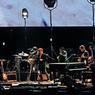 Prix Nobel de littérature depuis quelques jours, Bob Dylan a ouvert le festival le premier soir avec un concert d'anthologie.