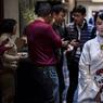 PLUS VRAIE QUE NATURE. La ressemblance avec un être humain est frappante mais Jia Jia, dotée de longs cheveux noirs et vêtue d'une robe traditionnelle chinoise, est bel et bien un robot de dernière génération. Conçue par des chercheurs de l'Université des sciences et technologies du pays, ce cyborg humanoïde a été présenté ce lundi 9 janvier dans le quartier financier de Shanghai. «Dans 5 ou 10 ans, les robots seront très sollicités en Chine», assure Chen Xiaoping, le chef de l'équipe de chercheurs, interrogé par l'AFP.