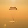 Le 7 septembre. Le vaisseau spatial Soyouz attrit au Kazakhstan.