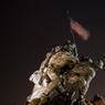 Le 17 février. La Station spatiale internationale vue au-dessus de Mémorial du corps des Marines des États-Unis.