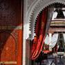 Le Royal Mansour appartient au Roi du Maroc. Tout émerveille dans l'accueil que le Palais réserve à ses hôtes au cœur de Marrakech. Il est né du désir de créer un hôtel spectaculaire. Le luxe et le service dépassent les attentes du voyageur en l'entraînant au cœur de la tradition marocaine de l'art de vivre.