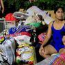 INCENDIE. Près de 15000 personnes se retrouvent à la rue, leur maisons détruites par un immense incendie qui a ravagé un bidonville de Manille dans la nuit de mardi 7 février. Il a fallu près de 10 heures à des centaines de pompiers pour éteindre le feu qui a ravagé plus de 3000 habitations.