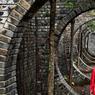Le Red Brick Contemporary Art Museum : un musée qui ne manque pas d'espace, ni d'audace. Conçu par le célèbre architecte et professeur de l'Université de Pékin Dong Yugan, les briques rouges et grises lui donnent un charme unique.