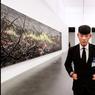 Pékin balance entre l'art du luxe et le luxe de l'art. Situé dans le village historique des artistes«798», Ullens Center for Contemporary Art (Ucca) expose des œuvres ambitieuses.