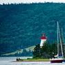 De toute les provinces du Canada, c'est la Nouvelle-Ecosse qui possède le plus grand nombre de phares. Aujourd'hui, symboles du passé, ils ponctuent les sublimes paysages côtiers de cette province.
