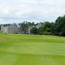 L'équipe de L'Homme tranquille, dont John Wayne et Maureen O'Hara séjournèrent dans ce somptueux hôtel de luxe le «Ashford Castle». Situé dans un parc grandiose, il fut la propriété de la famille Guiness.