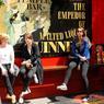 Temple Bar est au centre de l'univers culturel de Dublin. C'est ici, dans ce quartier bohème et branché que la jeunesse irlandaise se retrouve.
