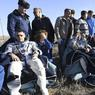 RETOUR SUR TERRE. Un astronaute américain et deux cosmonautes russes sont revenus ce lundi 10 avril sur Terre à bord d'un vaisseau Soyouz après avoir passé presque six mois en orbite autour de la Terre dans la Station spatiale internationale. Shane Kimbrough, Andreï Borissenko et Sergueï Ryjikov se sont posés dans la steppe kazakhe avec succès à bord de la capsule Soyouz MS-02. Le prochain décollage d'une fusée Soyouz vers l'ISS est prévu le 20 avril.