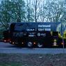 L'ENQUÊTE. Les autorités allemandes ont interpellé ce mercredi 12 avril un homme appartenant à la mouvance islamiste après l'attaque à l'explosif contre le bus des joueurs de football de Dortmund, un acte jugé désormais très probablement «terroriste». La veille, trois explosions avaient soufflé une partie des vitres du bus amenant les joueurs du Borussia Dortmund au stade de la ville où ils s'apprêtaient à affronter l'AS Monaco. Le quart de finale aller de Ligue des champions aura bien lieu ce mercredi à 18h45.