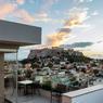 Le tout nouvel hôtel Electra Metropolis occupe l'ancien ministère de l'Éducation nationale. Cette métamorphose est l'un des symboles du renouveau d'Athènes.