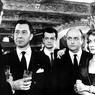 «Marie-Octobre» de Julien Duvivier avec Paul Meurisse, Serge Reggiani, Bernard Blier, Danielle Darrieux en 1959.