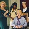 Catherine Deneuve, Firmine Richard, Danielle Darrieux, Emmanuelle Béart, Ludivine Sagnier dans «Huit femmes» de François Ozon en 2001.
