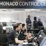 Basé à Monaco, le centre de contrôle était en permanence relié à l'avion Solar Impulse. Les ingénieurs relevés toutes les données du moteur, des commandes en temps réel. Un dispositif essentiel pour assurer une certaine sécurité aux pilotes.