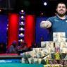 L'AS DU POKER. Cette année encore, le vainqueur du World Series of Poker Main Event ne sera pas français : Benjamin Pollak termine sur la troisième marche du podium et s'incline devant l'Américain de 25 ans Scott Blumstein, qui succède à Qui Nguyen, vainqueur en 2016, et décroche plus de 8 millions de dollars.