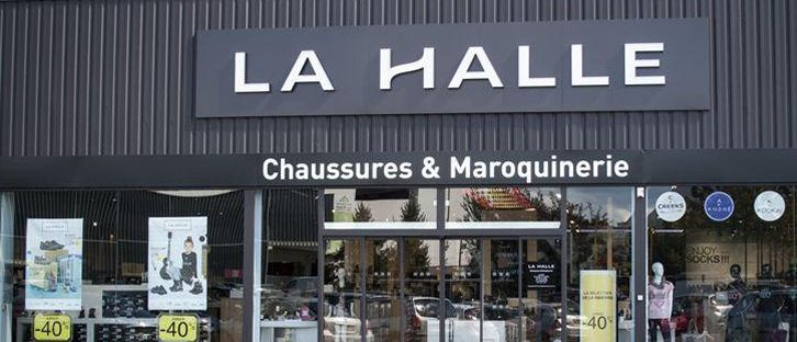 Plus de 1500 postes supprim s la halle aux v tements for La halle au canape