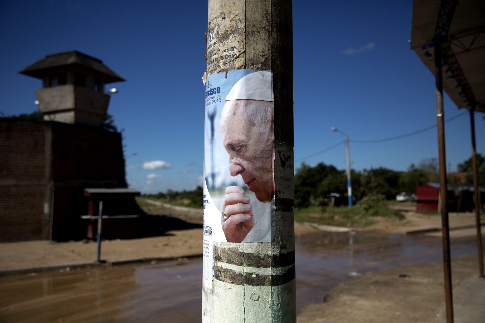 Quand le pape passe par la case prison - Quand passer le scarificateur ...