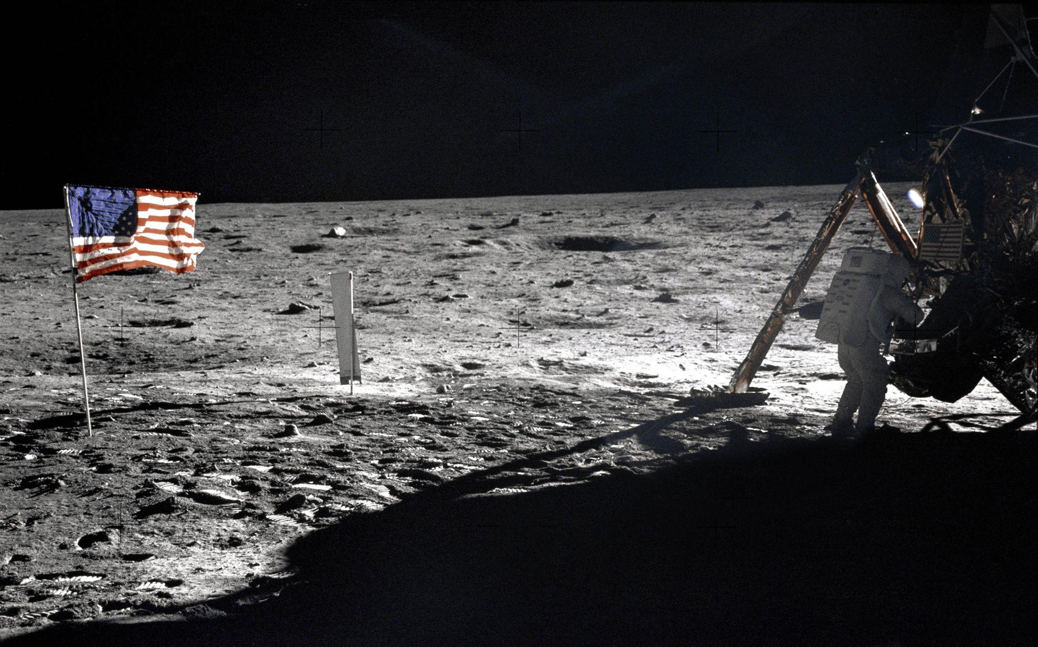 Le 20 juillet 1969 neil armstrong marchait sur la lune for Jardin lune juillet 2015
