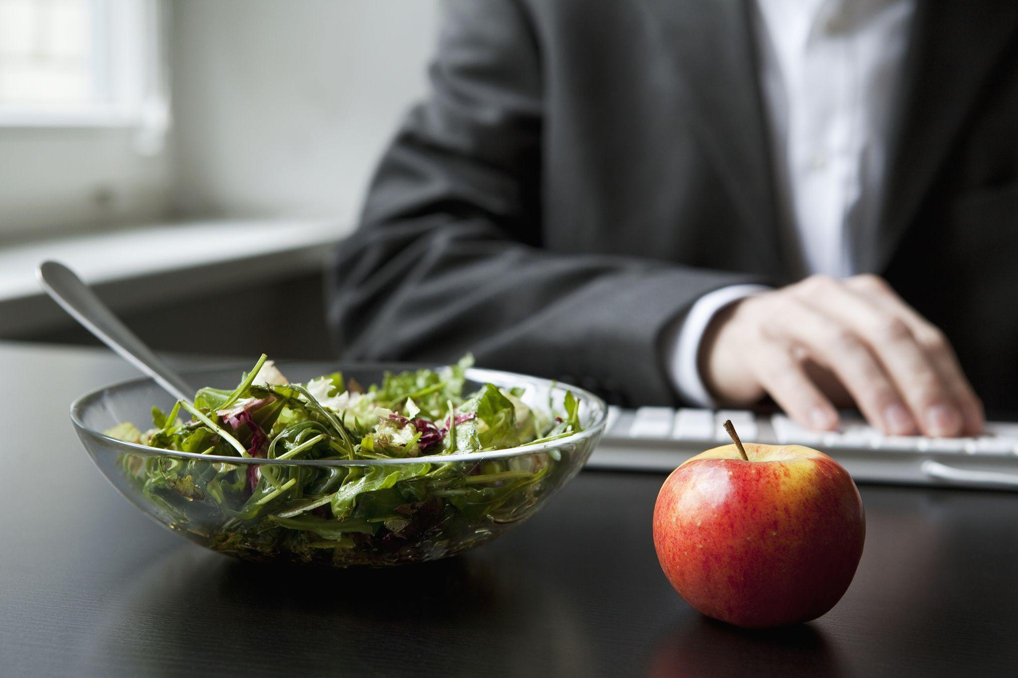 D jeuner au bureau les conseils d 39 une professionnelle pour perdre les kilos de l 39 t - Boite pour dejeuner au bureau ...