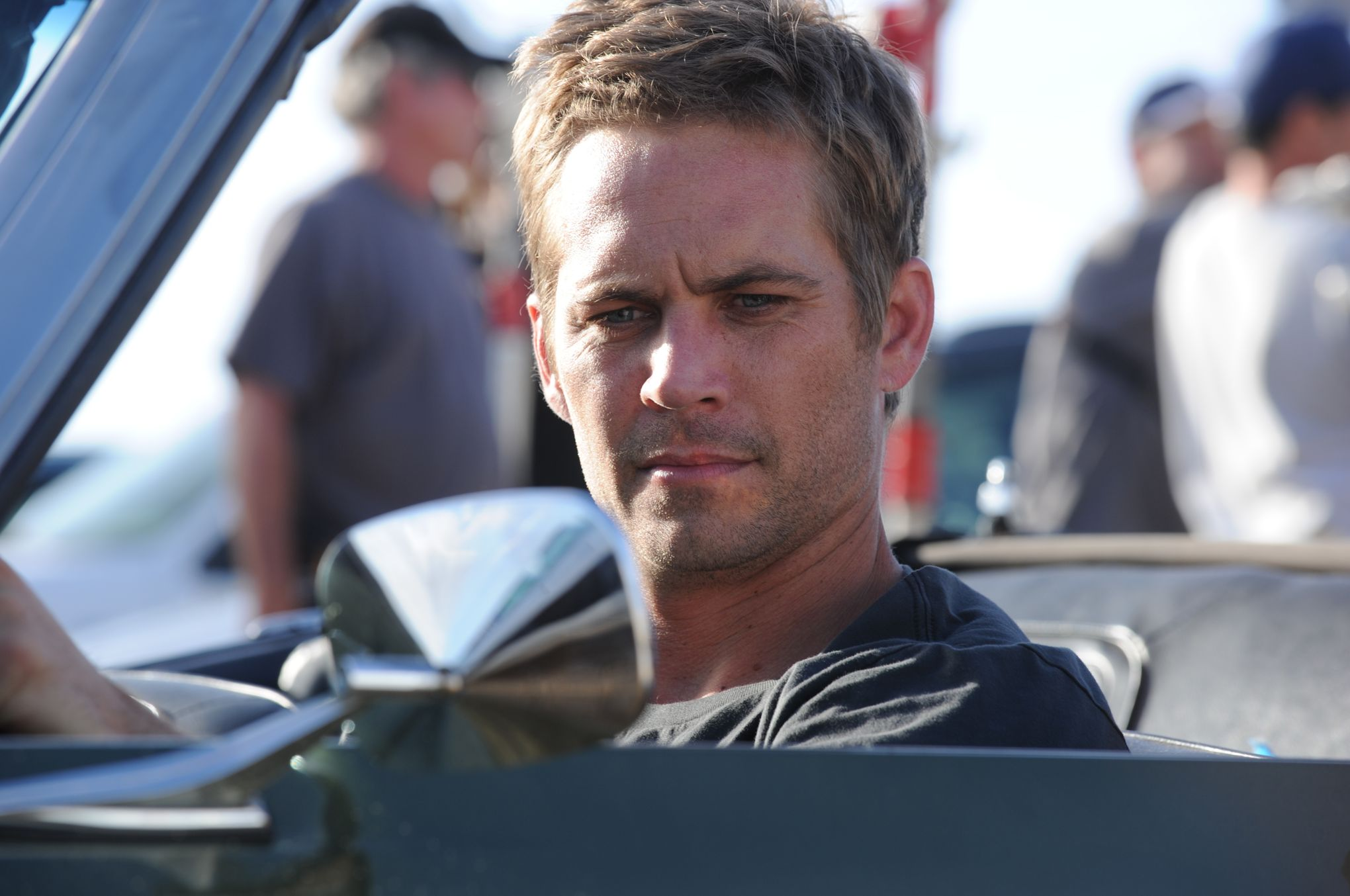 la fille de l 39 acteur paul walker attaque porsche en justice. Black Bedroom Furniture Sets. Home Design Ideas