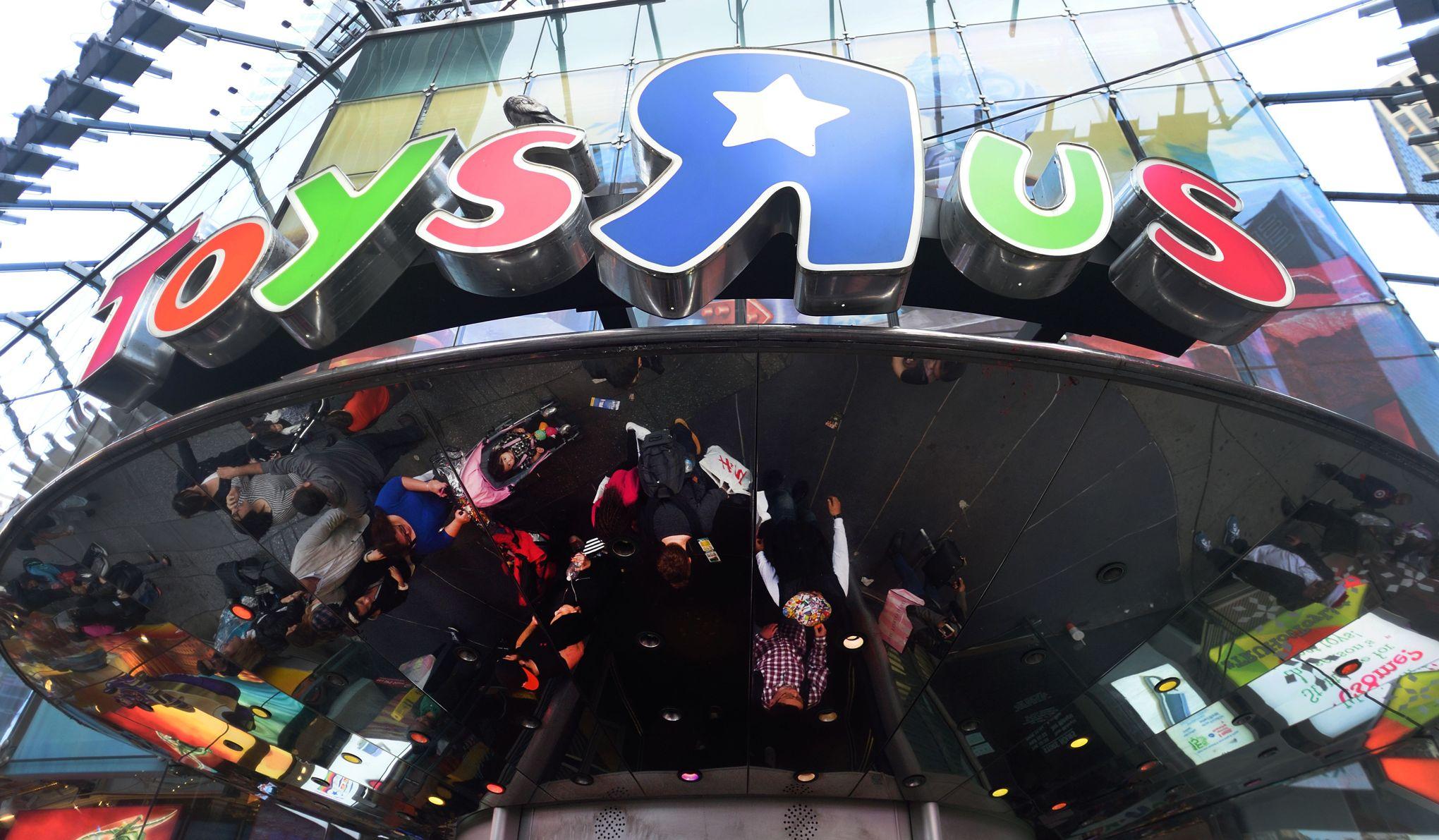New york un des plus grands magasins de jouet du monde - Le nom de famille le plus porte au monde ...