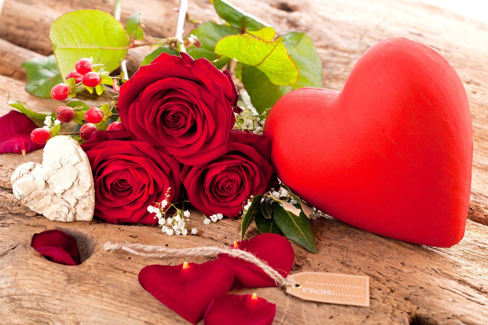 Saint valentin avec quelle fleur d clarer votre flamme for Bouquet de fleurs 7 lettres