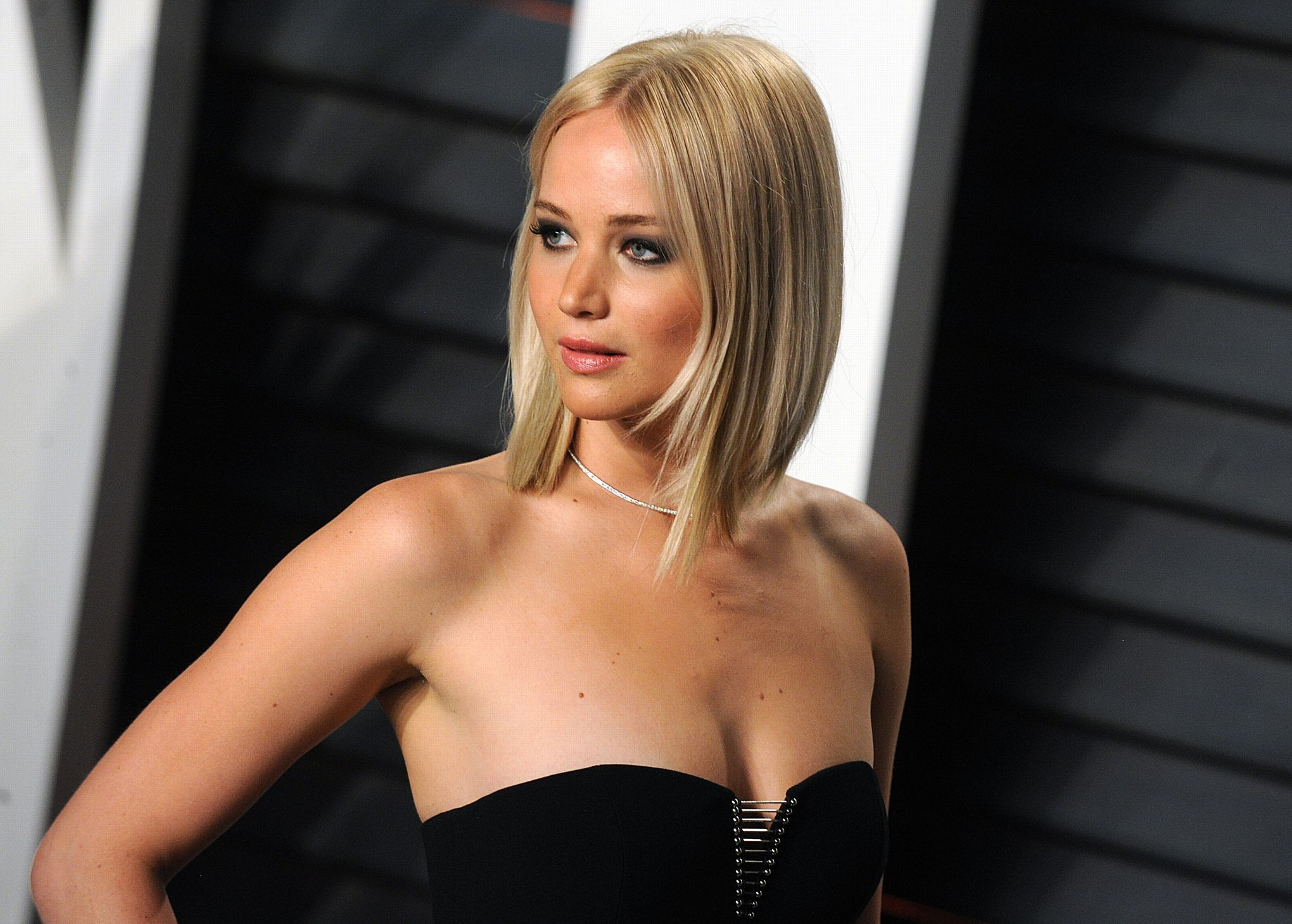emily blunt sexi naked photo