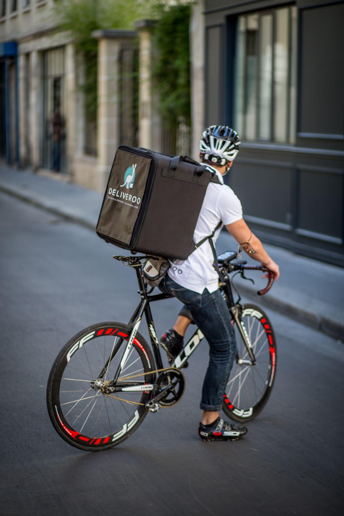 la livraison de repas domicile un jackpot pour les cyclistes. Black Bedroom Furniture Sets. Home Design Ideas