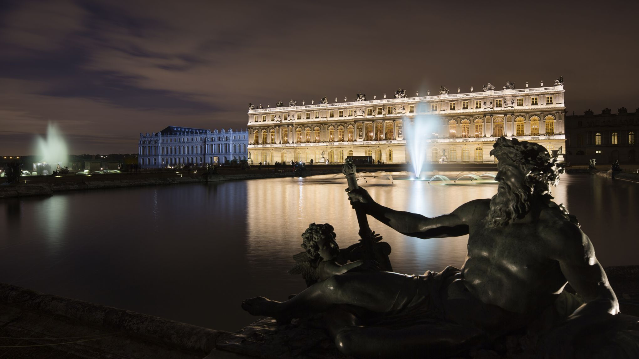 jardin de versailles la f erie des grandes eaux nocturnes. Black Bedroom Furniture Sets. Home Design Ideas