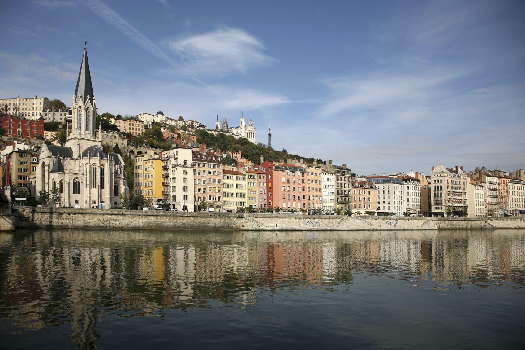 Lyon lue meilleure destination pour les week end en europe for Piscine lyon