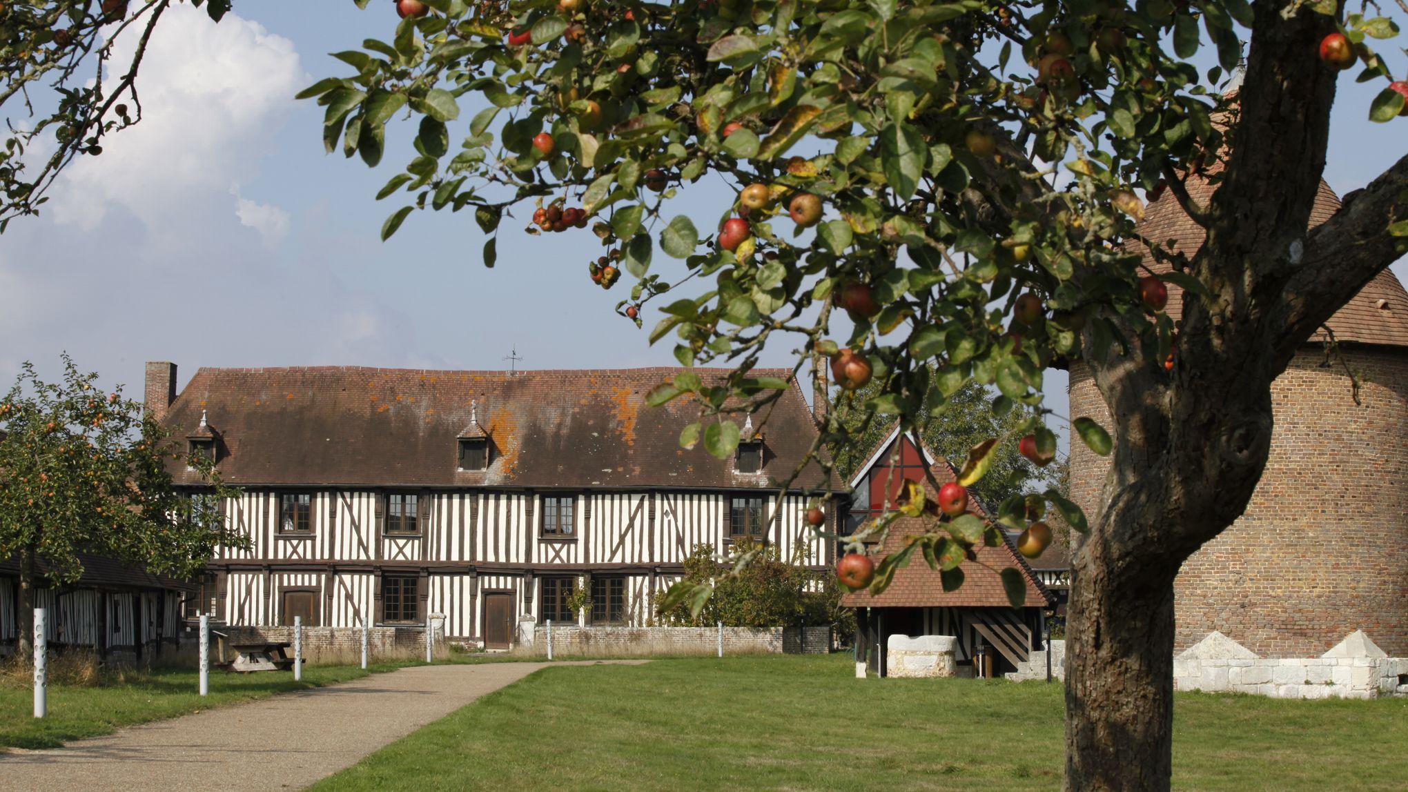 Escapade en normandie sur la route des pommes - Jardin maison de la culture namur montreuil ...