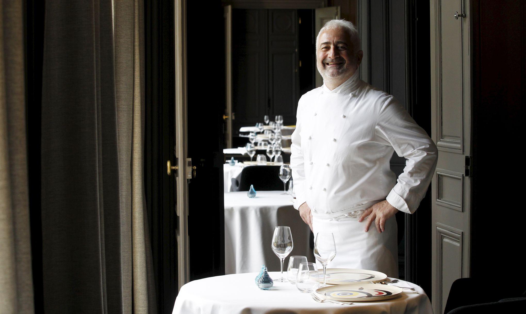 Le restaurant guy savoy sacr meilleure table du monde - Restaurant vaise tout le monde a table ...