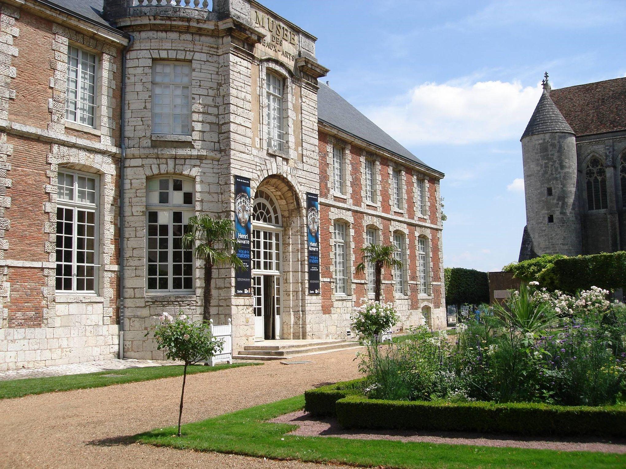 Le mus e des beaux arts de chartres porte close - Office de tourisme de chartres ...