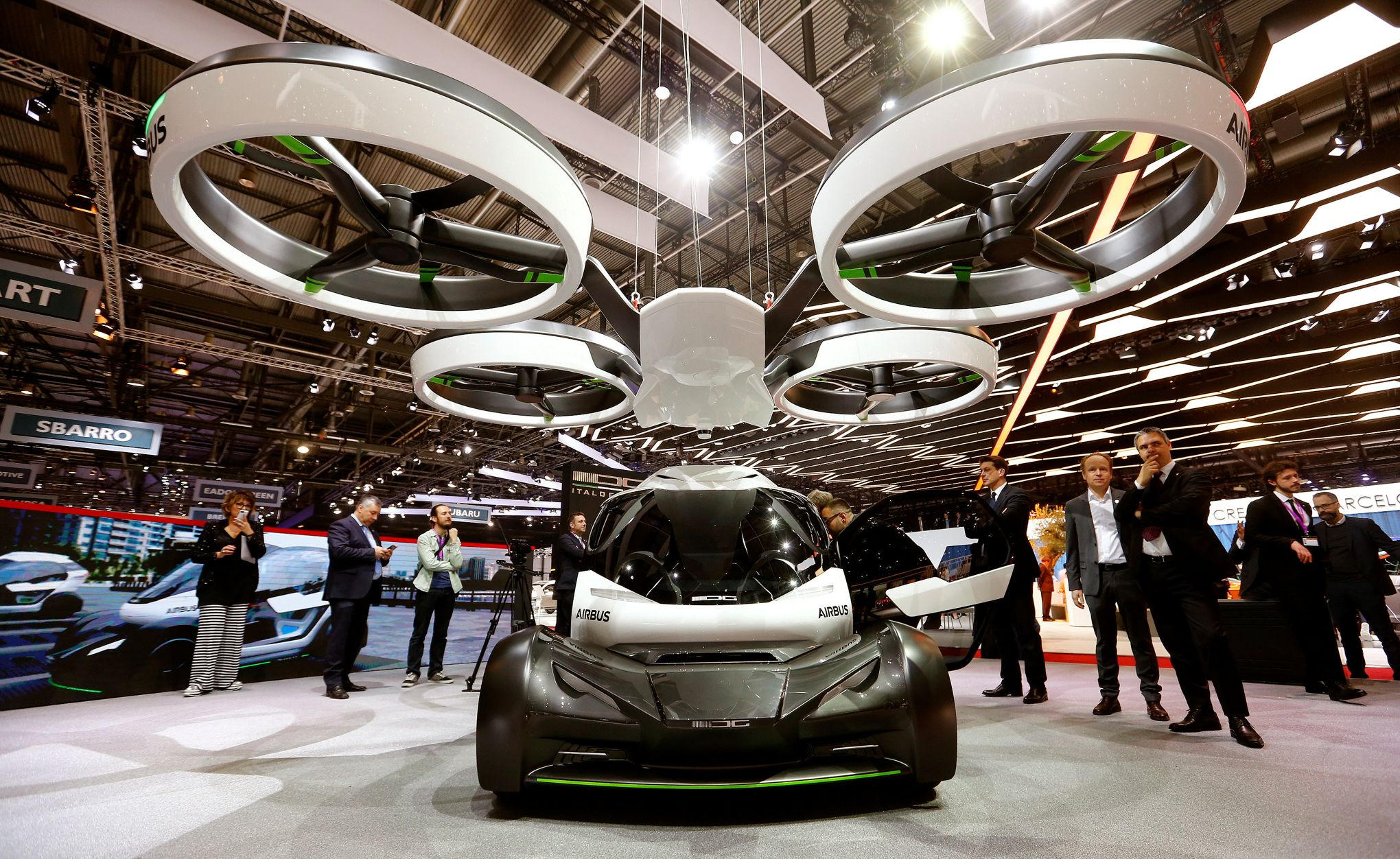 airbus d voile sa voiture volante au salon de gen ve. Black Bedroom Furniture Sets. Home Design Ideas