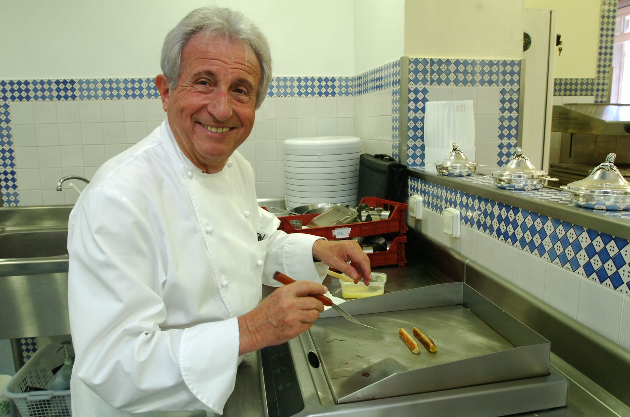 Michel gu rard la cuisine rel ve un peu de la sorcellerie - Michel guerard cuisine minceur ...
